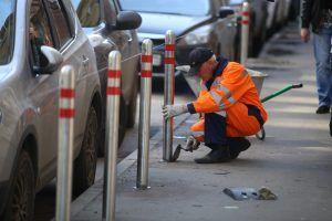 Завершились ремонтные работы на плоскостной парковке в Ветошном переулке. Фото: «Вечерняя Москва»