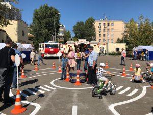 Праздник правил дорожного движения посетили юные москвичи. Фото: Мария Иванова, «Вечерняя Москва»