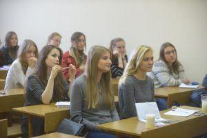 Искусствовед прочитает лекцию в Гуманитарном университете. Фото: Александр Казаков, «Вечерняя Москва»