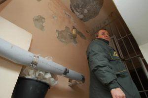 Проверки подвалов и чердаков состоятся в более 420 домах района. Фото: Наталия Нечаева, «Вечерняя Москва»