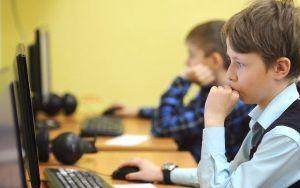 За первый месяц учебного года оценки в МЭШ проверяли 934 тыс москвичей. Фото: сайт мэра Москвы