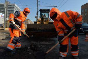 Ямочный ремонт провели в двух переулках района. Фото: Александр Казаков, «Вечерняя Москва»