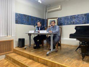 Глава управы Тверского района Сергей Золотарев 19 февраля встретился с населением. Фото: Мария Канина