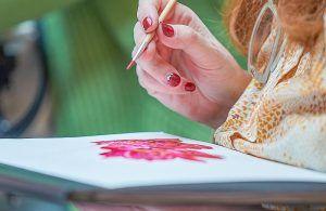 Жителей района пригласили присоединиться к занятию по живописи. Фото: сайт мэра Москвы