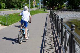 Доктор медицинских наук дала рекомендации по детскому питанию в жаркую погоду. Фото: Анна Быкова