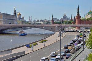 Движение транспорта на улице тверская ограничили из-за дорожных работ. Фото: Анна Быкова