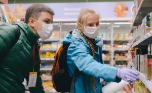 Почти 60 посетителей торговых центров в САО оштрафованы за нарушение масочного режима