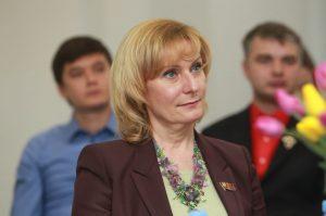 Представитель от Московской городской Думы, председатель комитета Совета Федерации по социальной политике Инна Святенко