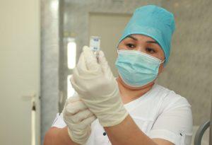 Мобильные пункты вакцинации откроют на строительных объектах в столице. Фото: Наталия Нечаева, «Вечерняя Москва»