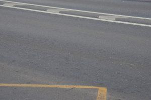 Дефекты на дорожном полотне убрали в районе. Фото: Анна Быкова