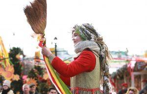 Уличную программу к масленице проведут сотрудники Центра «Новослободский». Фото: Наталия Нечаева, «Вечерняя Москва»