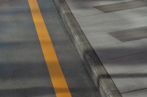 Дорожное покрытие отремонтировали в районе. Фото: Анна Быкова