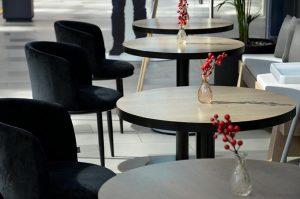 Кафе Gucci в центре Москвы грозит закрытие за нарушение антиковидных мер. Фото: Анна Быкова