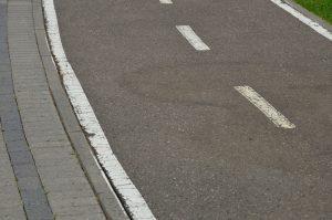 Ремонт дорожного полотна провели на некоторых улицах в районе. Фото: Анна Быкова