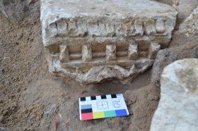 Специалисты начали археологические раскопки у памятника Минину и Пожарскому. Фото предоставили в пресс-службе Мосгорнаследия